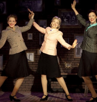 Sisters of Swing – What's Up & DC Metro Theatre Arts
